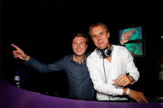 Armin van Buuren & Onno-O