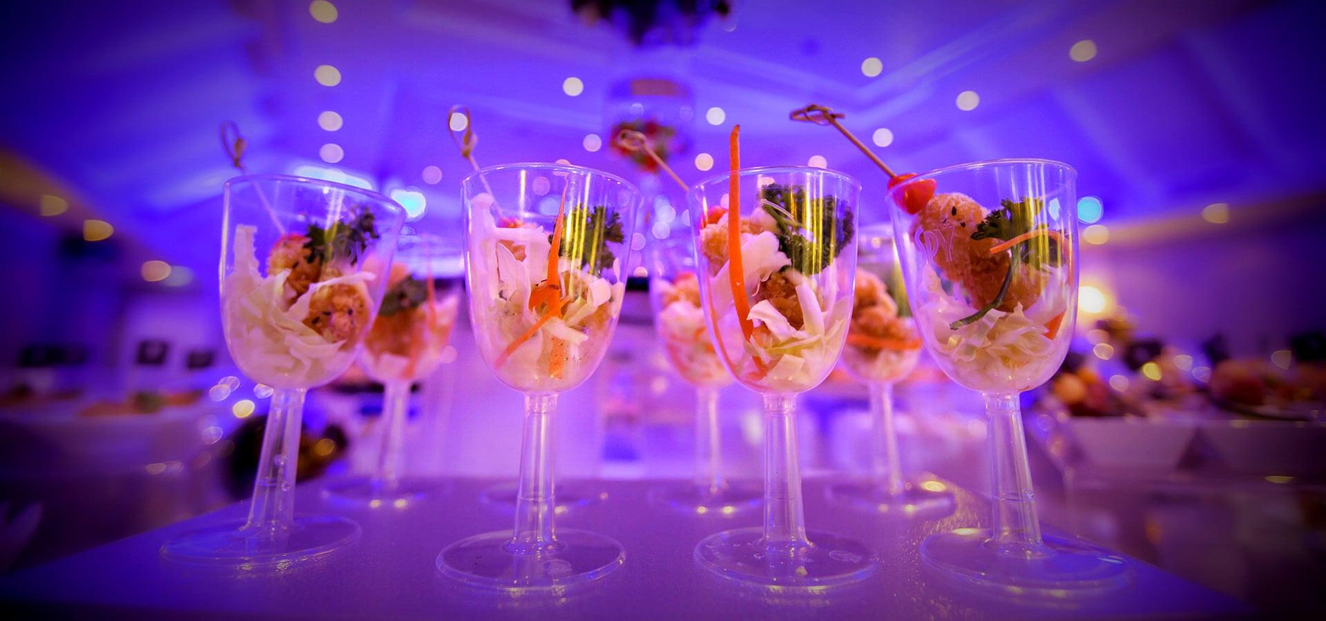 uniek-feest-tent-verhuur-dansen-deejay-dj-venlo-bruiloft-huwelijksfeest-limburg-stevie-partydeejays